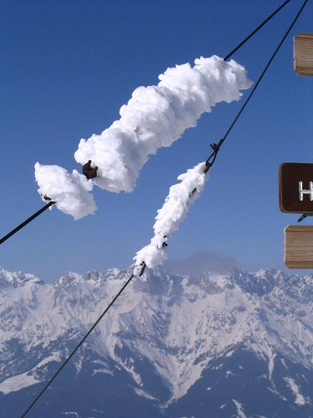 Foto: Andreas Koller / Ski Tour / Langeck (1899m) - Hundstein (2117m) - Hochkaser (2017m) / 24.12.2008 01:50:51