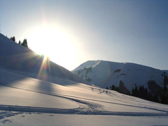 Foto: Andreas Koller / Ski Tour / Langeck (1899m) - Hundstein (2117m) - Hochkaser (2017m) / 24.12.2008 01:53:50