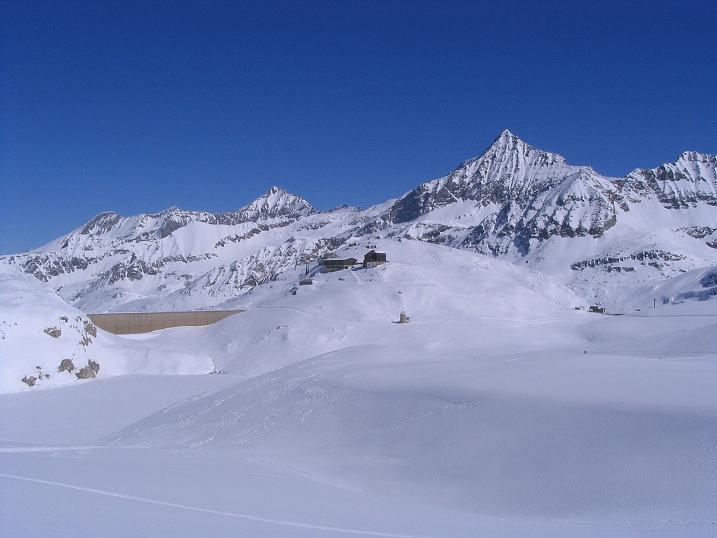 Foto: Andreas Koller / Ski Tour / Über den Stubacher Sonnblick (3088m) ins Osttiroler Tauerntal / 24.12.2008 13:17:35