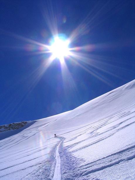 Foto: Andreas Koller / Skitour / Über den Stubacher Sonnblick (3088m) ins Osttiroler Tauerntal / 24.12.2008 13:17:20