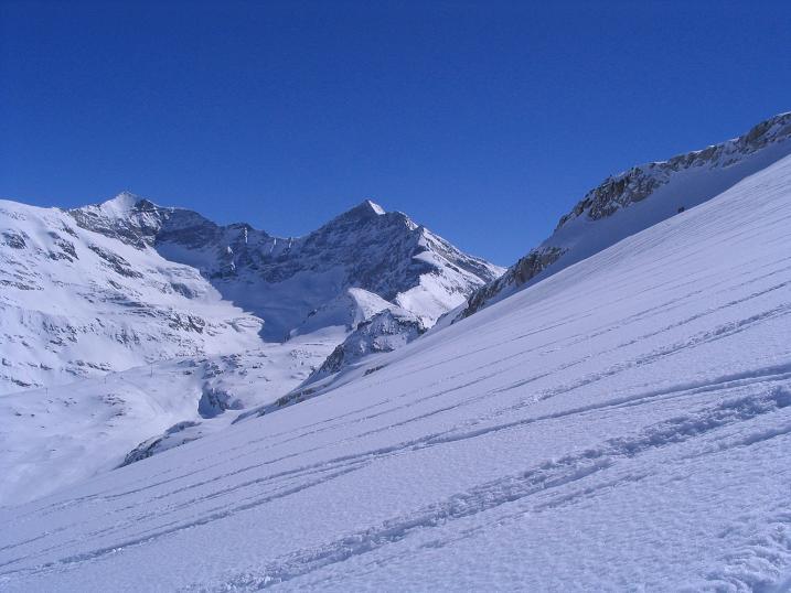 Foto: Andreas Koller / Skitour / Über den Stubacher Sonnblick (3088m) ins Osttiroler Tauerntal / 24.12.2008 13:17:12