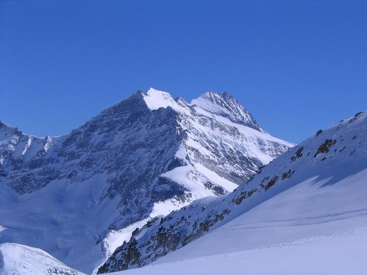 Foto: Andreas Koller / Skitour / Über den Stubacher Sonnblick (3088m) ins Osttiroler Tauerntal / 24.12.2008 13:16:54