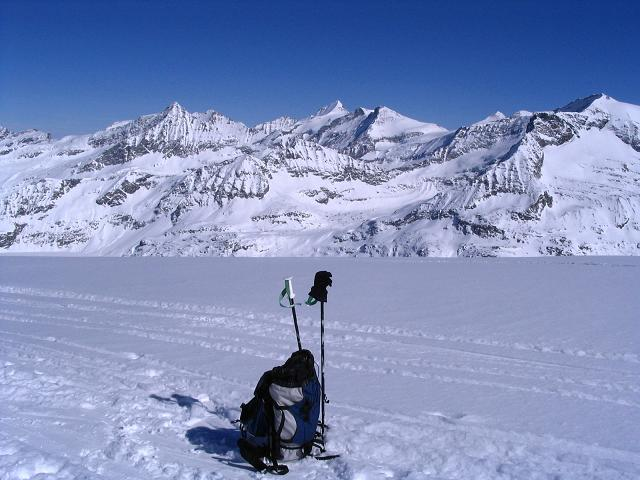 Foto: Andreas Koller / Ski Tour / Über den Stubacher Sonnblick (3088m) ins Osttiroler Tauerntal / 24.12.2008 13:16:48