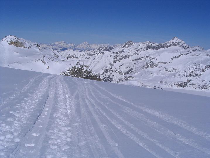 Foto: Andreas Koller / Skitour / Über den Stubacher Sonnblick (3088m) ins Osttiroler Tauerntal / 24.12.2008 13:16:03