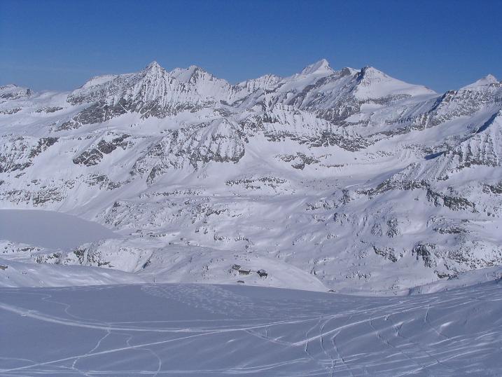 Foto: Andreas Koller / Ski Tour / Über den Stubacher Sonnblick (3088m) ins Osttiroler Tauerntal / 24.12.2008 13:15:11