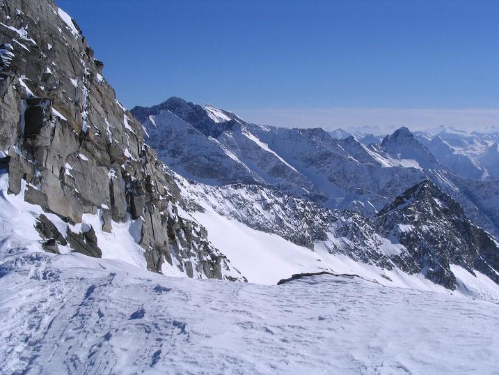 Foto: Andreas Koller / Skitour / Über den Stubacher Sonnblick (3088m) ins Osttiroler Tauerntal / 24.12.2008 13:14:47