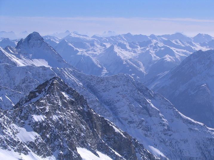 Foto: Andreas Koller / Ski Tour / Über den Stubacher Sonnblick (3088m) ins Osttiroler Tauerntal / 24.12.2008 13:13:39