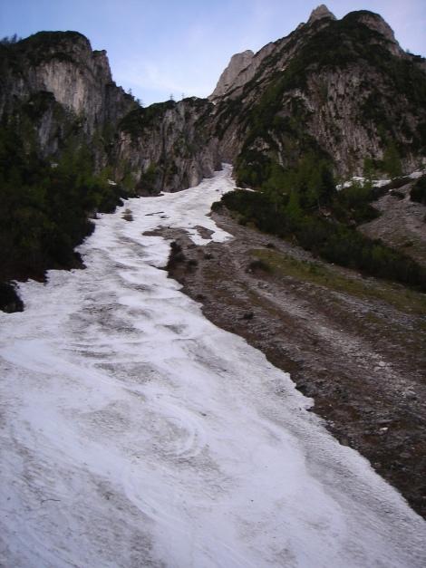 Foto: Manfred Karl / Ski Tour / Manndlscharte (2098m) / Das wird der Schlusspunkt eines langen Rinnenspektakels werden / 27.01.2009 20:59:43