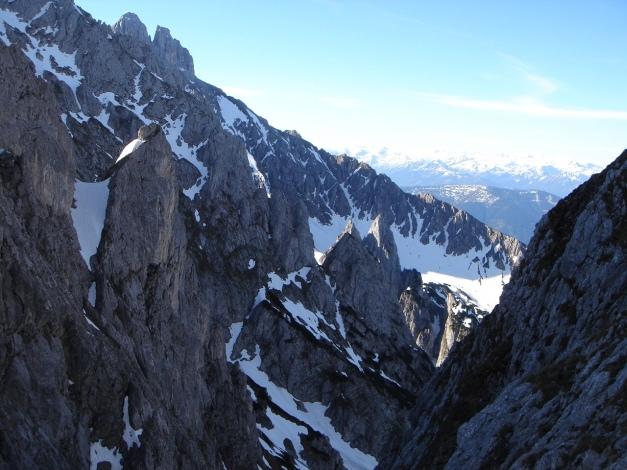 Foto: Manfred Karl / Ski Tour / Manndlscharte (2098m) / Die Bischofsmütze lugt hervor / 27.01.2009 20:50:48