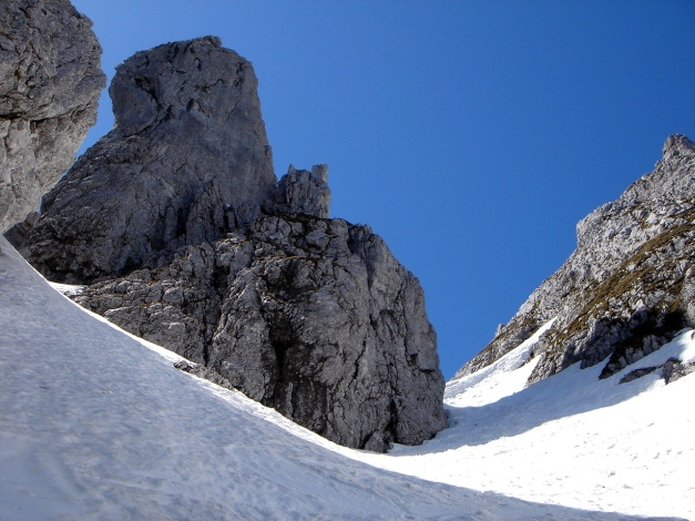 Foto: Manfred Karl / Ski Tour / Manndlscharte (2098m) / Manndlscharte und Schartenmanndl / 27.01.2009 20:48:18