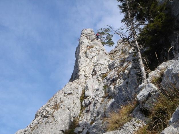 Foto: Manfred Karl / Kletter Tour / Südwestgrat / Der Turm wird entweder rechts umgangen oder erklettert / 22.08.2009 21:44:12