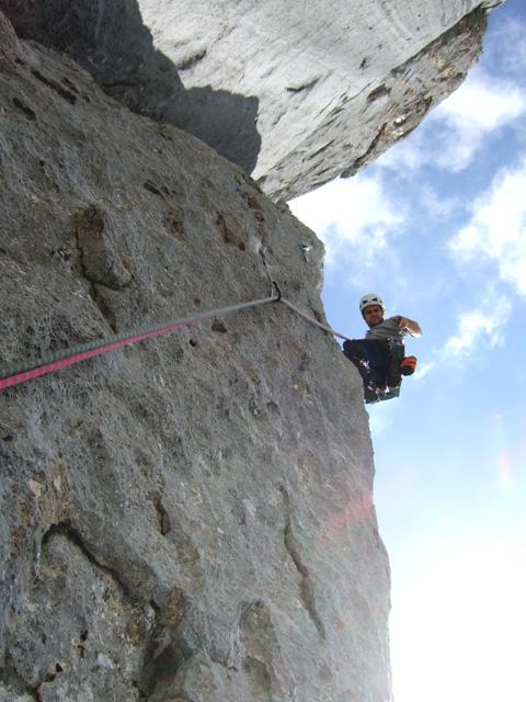 Foto: Kühberger Rudolf / Kletter Tour / Feuerland, VII+ / Rudi Kühberger bei der Erstbegehung der 5.Sl. (6+/7-). / 27.07.2010 15:57:11