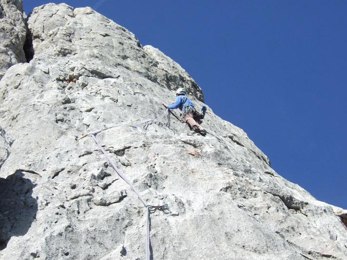 Foto: Kühberger Rudolf / Kletter Tour / Mammalucco, VII+ / Sanierung der 4. Sl. im Vorstieg durch Kühberger Rudolf   / 27.07.2010 15:11:41