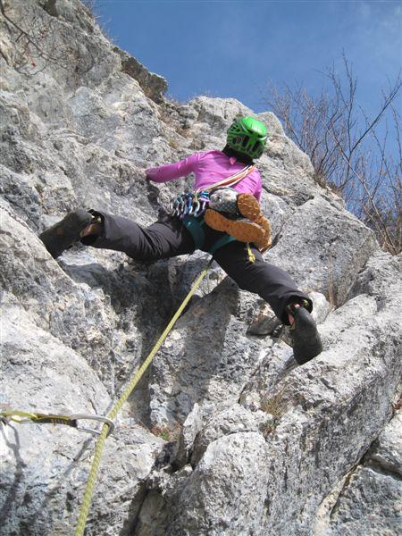 Foto: Heidi Schützinger / Kletter Tour / Luft intan Oarsch / in der Ausstiegsseillänge des Faschingzugs / 16.11.2015 17:51:03