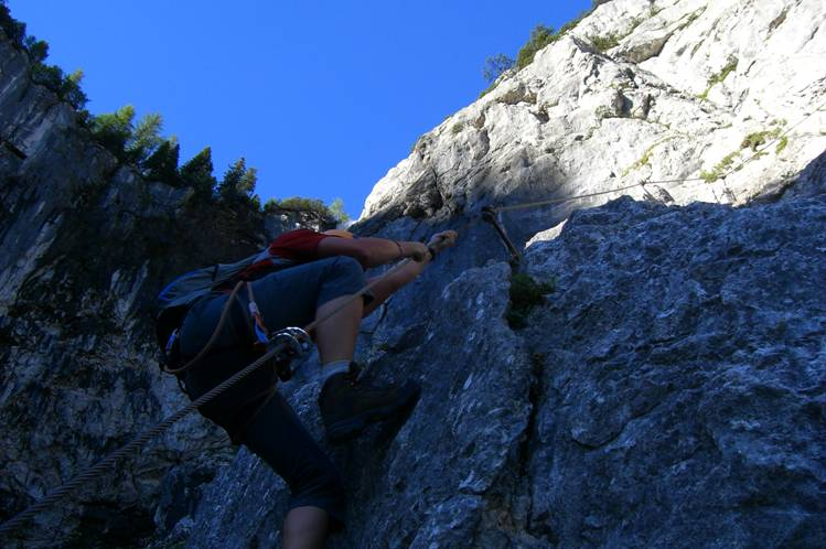 Foto: Thomas Paschinger / Klettersteigtour / Klettersteig Seeben und Klettersteig Vorderer Tajakopf / im Seebenklettersteig / 25.07.2009 14:18:48