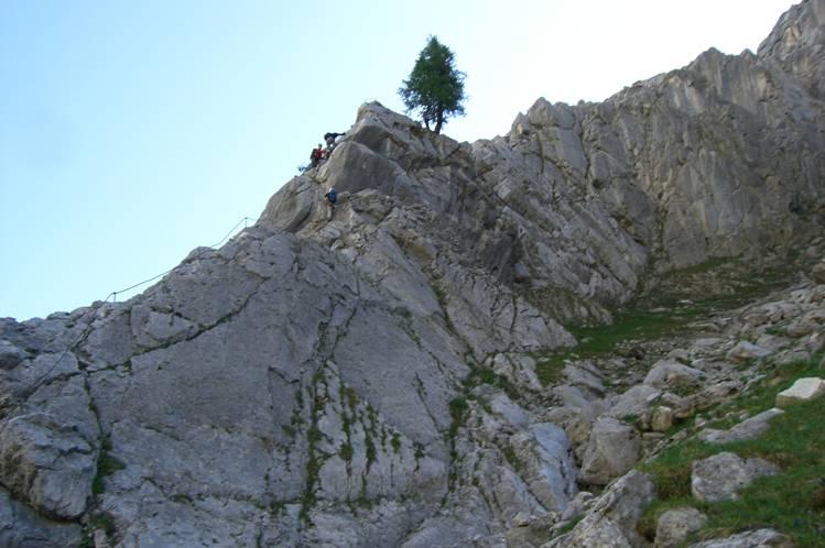 Foto: Thomas Paschinger / Klettersteigtour / Klettersteig Seeben und Klettersteig Vorderer Tajakopf / Einstieg Klettersteig Tajakante / 25.07.2009 14:17:06