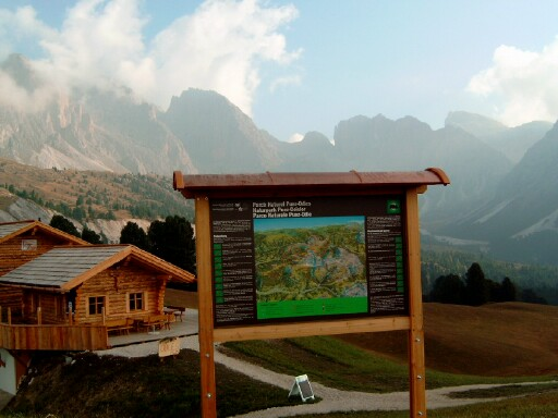 Foto: Andreas Koller / Klettersteigtour / Sass Rigais Ostgrat-Westgrat Klettersteige (3025 m) / 09.05.2008 14:54:25