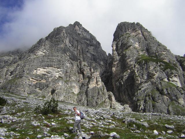 Foto: Wolfgang Lauschensky / Klettersteig Tour / Über den Schlicker Klettersteig auf die Große Ochsenwand / Einstieg zum Schlicker KS / 11.10.2012 09:31:55