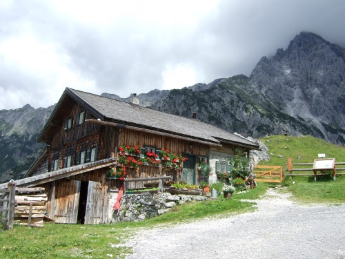 Foto: hofchri / Klettersteig Tour / Grandlspitz-Klettersteig / Zustieg über Schönbergalm / 02.08.2010 21:14:44