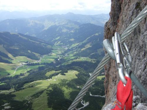 Foto: hofchri / Klettersteig Tour / Grandlspitz-Klettersteig / Aussicht auf Dienten / 02.08.2010 21:18:26