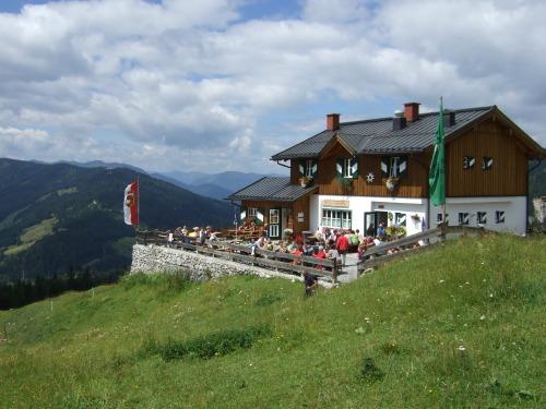 Foto: hofchri / Klettersteig Tour / Grandlspitz-Klettersteig / die bewirtschaftete Erichhütte / 02.08.2010 21:15:51