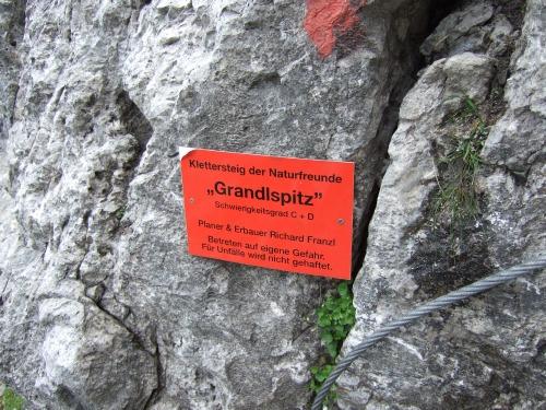 Foto: hofchri / Klettersteig Tour / Grandlspitz-Klettersteig / die Infotafel / 02.08.2010 21:17:50