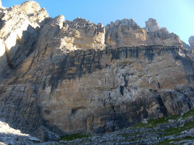 Foto: Wolfgang Lauschensky / Klettersteig Tour / Bocchette Weg - Sentiero SOSAT / Zustieg zum Sent. SOSAT auf halbem Weg / 30.08.2013 21:19:13