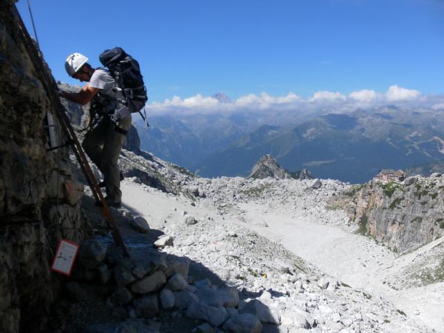 Foto: Wolfgang Lauschensky / Klettersteig Tour / Bocchette Weg - Sentiero SOSAT / letzte Leiter vor dem Rifugio Tuckett / 30.08.2013 21:14:59