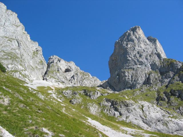 Foto: pepi4813 / Wander Tour / Über den Scharfen Steig und die Laufener Hütte auf Tagweide und Hochkarfelderkopf / Felsszenerie am Scharfen Steig / 19.07.2009 10:22:56