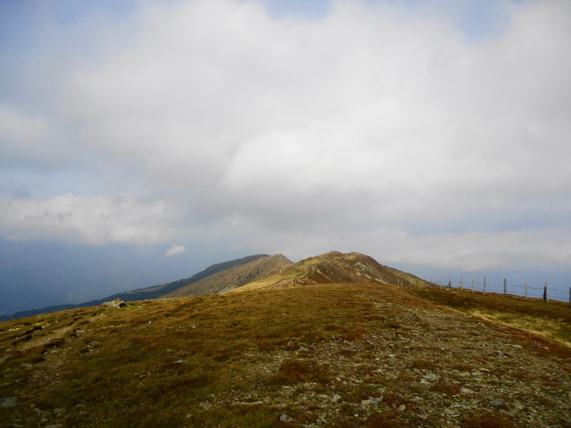 Foto: Günter Siegl / Wander Tour / Rundweg über Tschiernock, Hochpalfennock und Tschierweger Nock / Kammverlauf zum Tschiernock / 10.11.2016 21:13:01