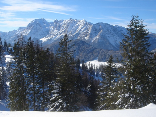 Foto: Manfred Karl / Rodeltour / Toter Mann (1391m) / Blick vom Toten Mann zur Reiteralpe / 18.12.2008 12:28:19