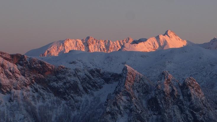 Foto: Manfred Karl / Ski Tour / Peitingköpfl (1720m) / Hochkalterstock im letzten Abendlicht / 18.03.2015 20:17:53