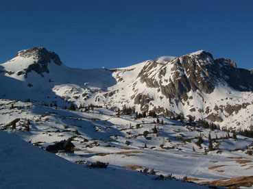 Foto: Datzberger Hans / Ski Tour / Hinterer Polster (2057m) / Panorama Sonnschienalm am Abend / 27.03.2008 13:05:11