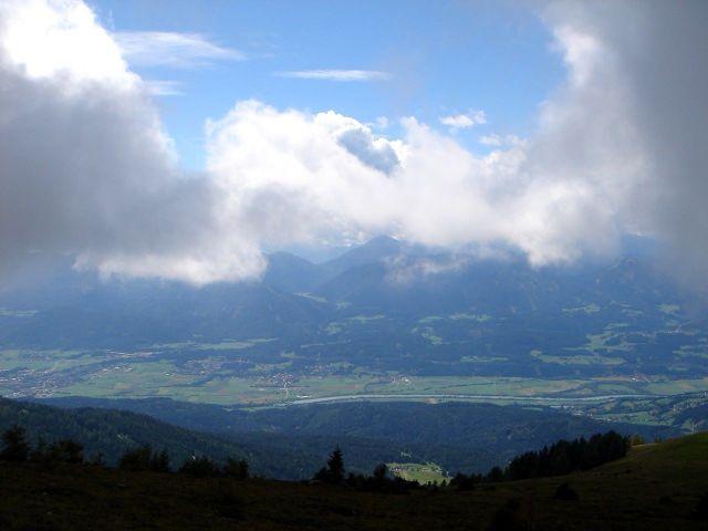 Foto: Manfred Karl / Wander Tour / Mirnock, 2110 m / Langsam reißt es auf. / 05.06.2008 17:44:08