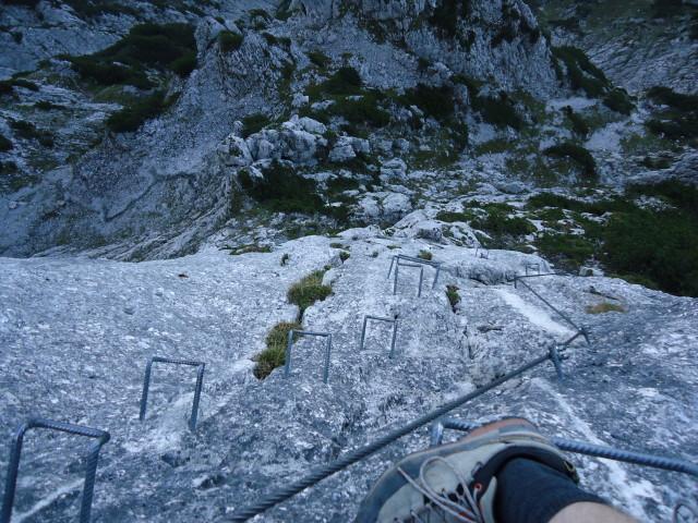 Foto: Günter Siegl / Klettersteig Tour / Pidinger Klettersteig / Am 200m hohen Schlusspfeiler / 07.10.2011 10:52:38