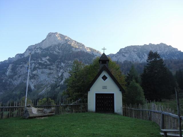 Foto: Günter Siegl / Klettersteig Tour / Pidinger Klettersteig / Steiner Alm mit Blick auf Hochstaufen (Abstiegsseite) / 07.10.2011 10:45:13