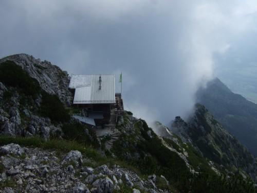 Foto: hofchri / Klettersteig Tour / Pidinger Klettersteig / Reichenhaller Hütte unterhalb des Gipfels / 21.02.2009 22:58:16