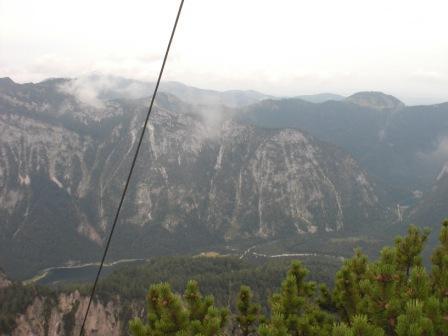Foto: elandalero / Mountainbiketour / Dürrnbachhorn (1776m) / bis zu diesem punkt am gipfel gehts noch über etliche holzstfen hoch hinaus / 07.10.2009 10:32:08