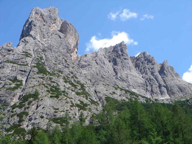 Foto: Manfred Karl / Mountainbike Tour / Über die Dolomitenhütte zur Karlsbader Hütte / Laserzwände / 06.05.2008 19:56:30
