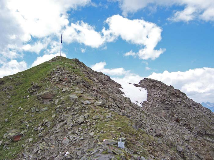 Foto: vince 51 / Wander Tour / Adlerweg Etappe 42 - Ein Aussichtsgipfel und viele Bergseen / fast am Ziel / 15.05.2008 00:31:45