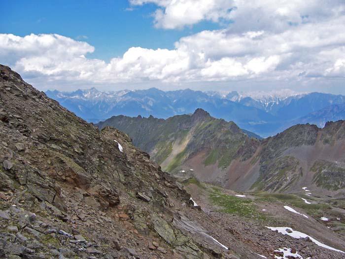 Foto: vince 51 / Wander Tour / Adlerweg Etappe 42 - Ein Aussichtsgipfel und viele Bergseen / 15.05.2008 00:31:19