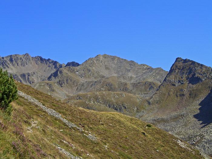 Foto: vince 51 / Wander Tour / Adlerweg Etappe 42 - Ein Aussichtsgipfel und viele Bergseen / Hoher Gemeindekopf / 15.05.2008 00:30:36