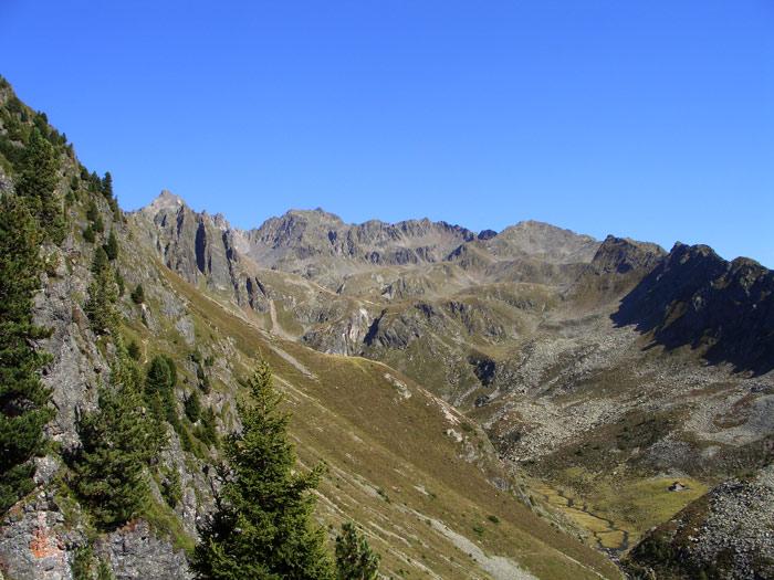 Foto: vince 51 / Wander Tour / Adlerweg Etappe 42 - Ein Aussichtsgipfel und viele Bergseen / Hoher Gemeindekopf / 15.05.2008 00:30:20