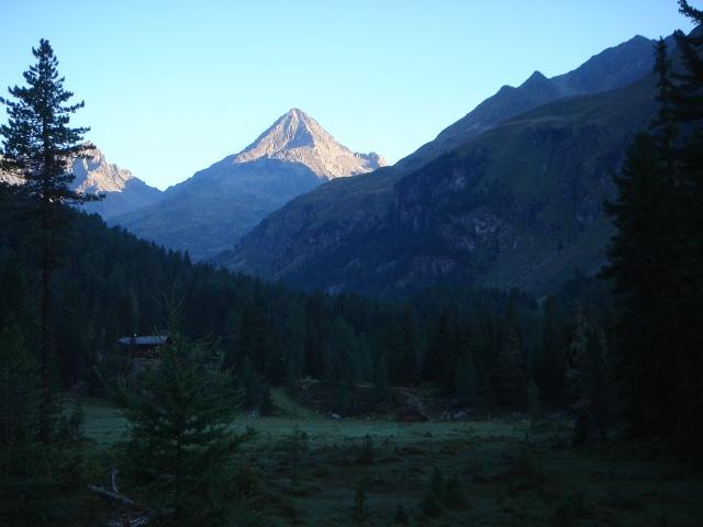 Foto: berglerin / Wandertour / Durch das Debanttal auf den Glödis 3206m / 01.08.2009 14:45:07