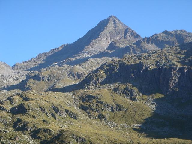 Foto: berglerin / Wandertour / Durch das Debanttal auf den Glödis 3206m / Der Glödis / 01.08.2009 14:44:25