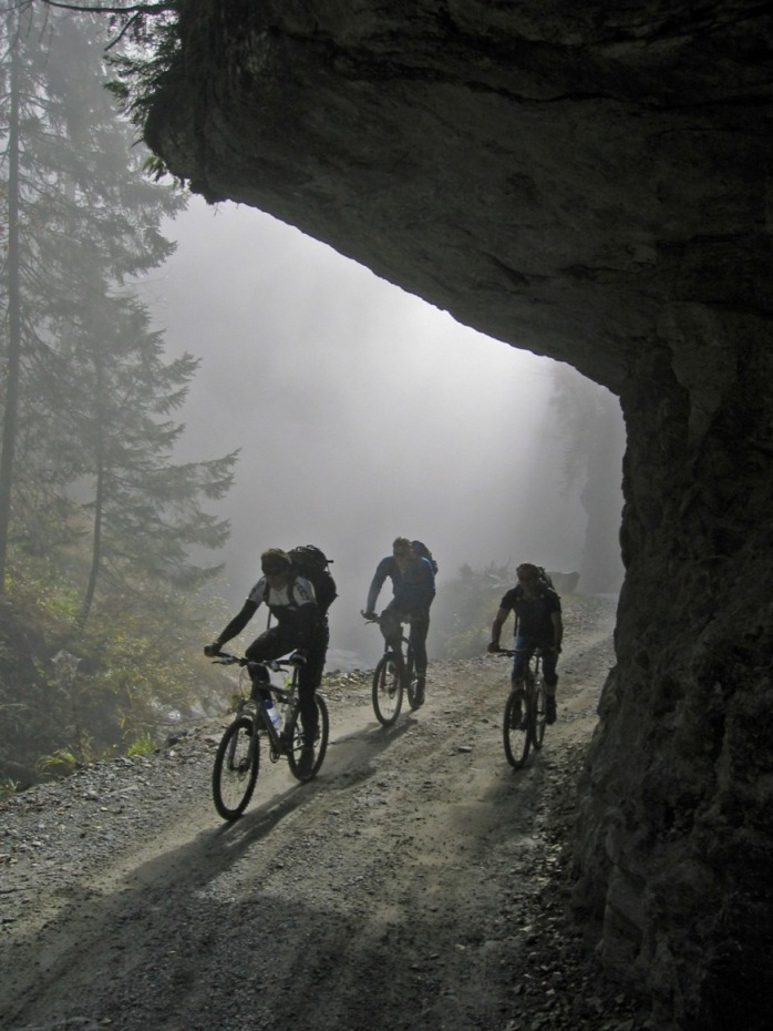 Foto: forstpointler / Mountainbike Tour / Wildkogeltrail / Die Auffahrt zum Wildkogel. Startpunkt  war Mühlbach bei Bramberg / 11.09.2009 13:52:33