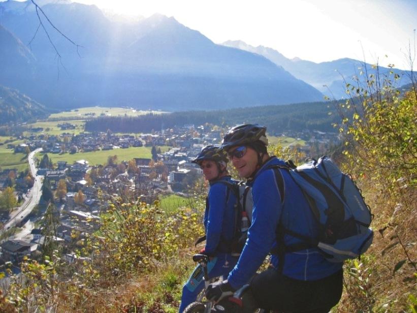 Foto: forstpointler / Mountainbike Tour / Wildkogeltrail / Leider, die letzten metern noch bis Neukirchen!  :-) / 11.09.2009 14:55:16