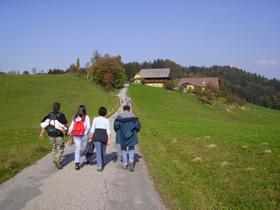 Foto: Romana Koeroesi / Wander Tour / Vom Weingarten auf die Alm: Leutschach – Remschnigg Alm / Copyright: TV Rebenland / 04.05.2009 10:30:40