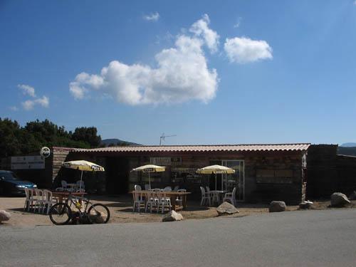 Foto: Lenswork.at / Ch. Streili / Mountainbike Tour / Von Cupabia über den Bocca di Gradello nach Coti-Chiavari / Einkehrmöglichkeit am Col de Gradella / 19.10.2007 18:45:40