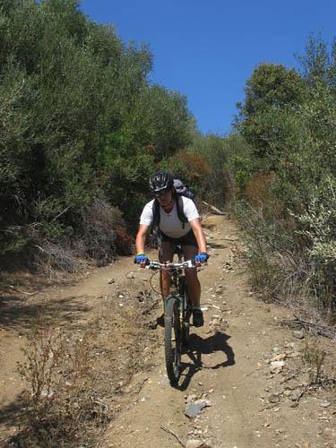 Foto: Lenswork.at / Ch. Streili / Mountainbike Tour / Von Cupabia über den Bocca di Gradello nach Coti-Chiavari / 19.10.2007 18:41:43